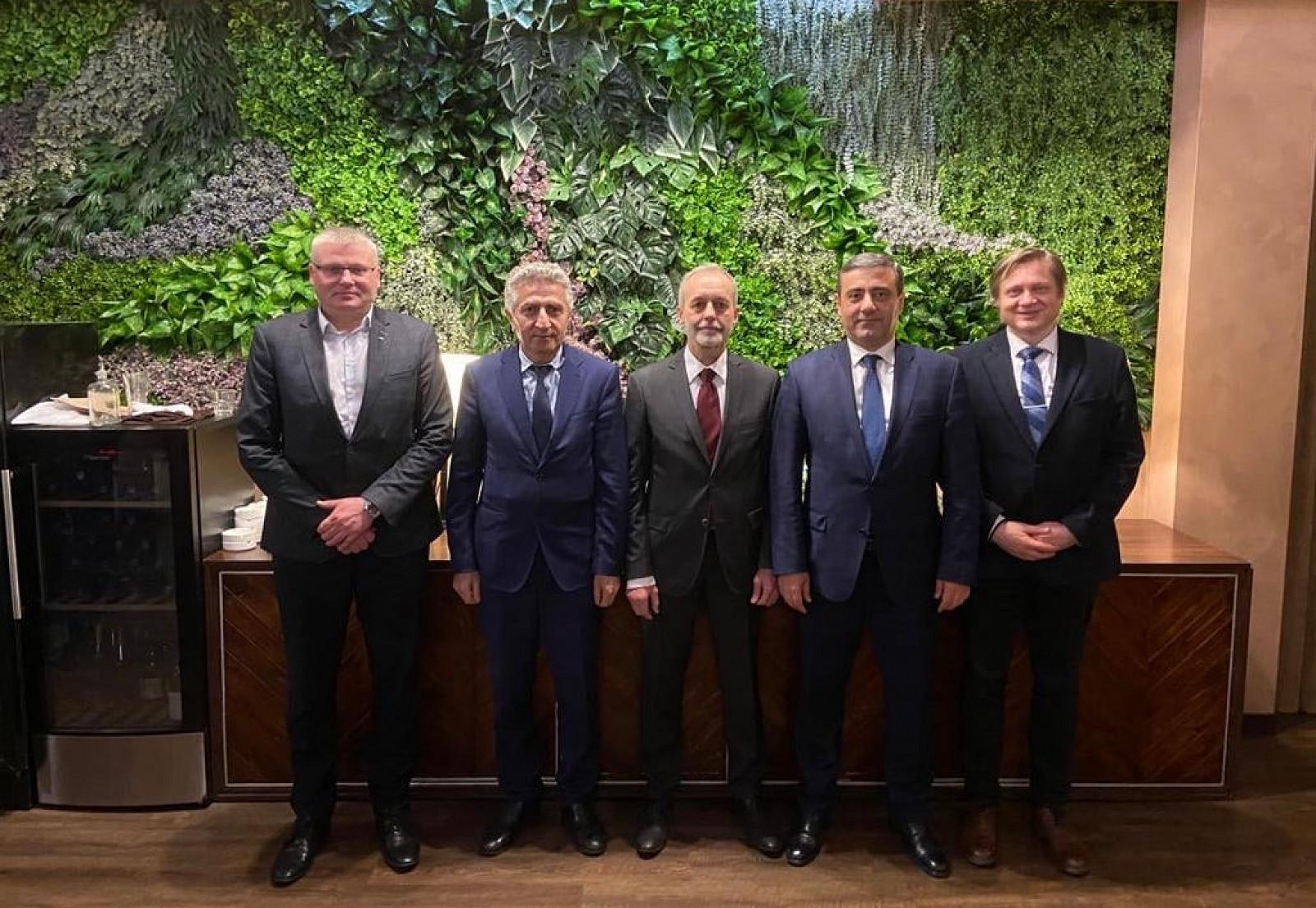 VUJE rokovalo v Arménsku o príprave výstavby zariadenia pre spracovanie rádioaktívnych odpadov