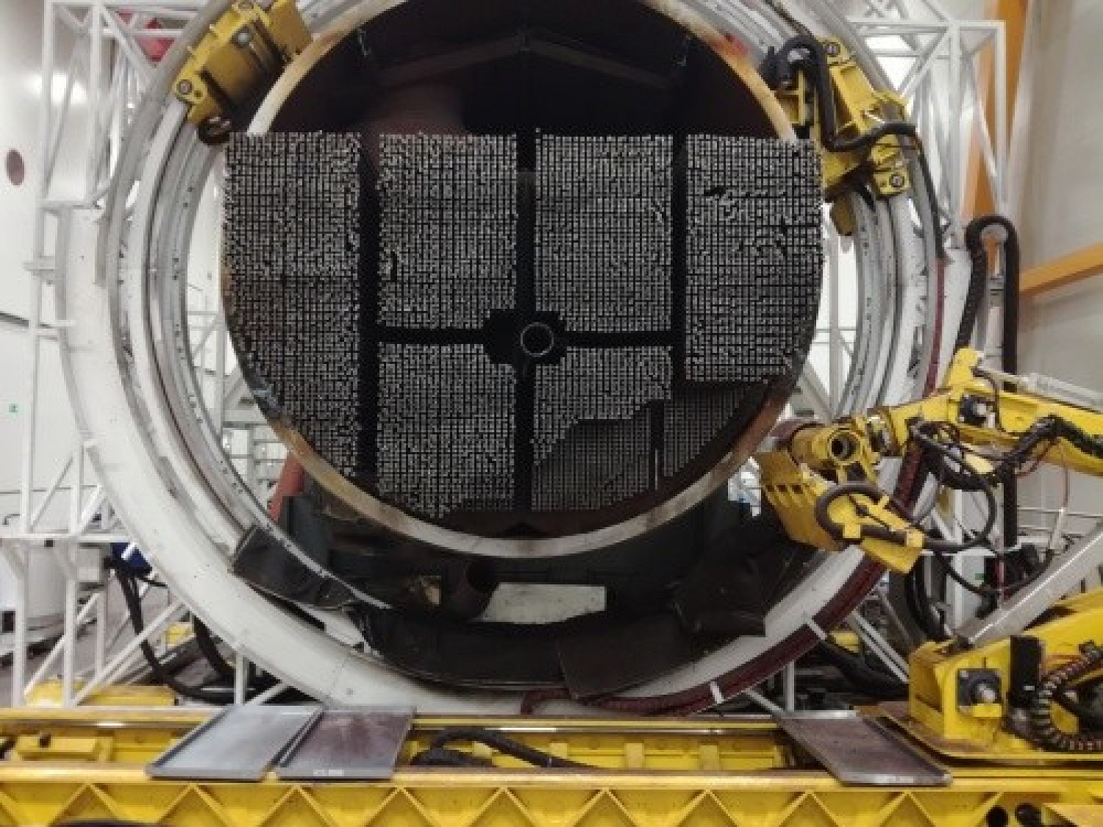 Hospodárske noviny o úspechu VUJE: Z jadrovej elektrárne V1 bolo dekontaminovaných už 1000 ton kovov